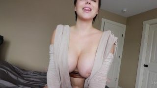 Spræng den sperm overalt Bryci's bryster! (Rey Cosplay)