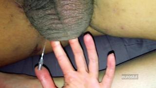 Ballen van vriendje nemen een naald, sexy hardcore bal breken gemeen vertellen