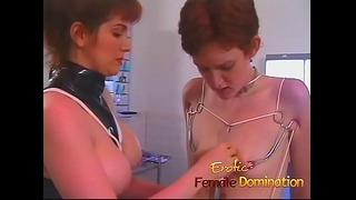 Dominatrix tvrdě pracuje na tom, aby zjistila, co je prahová hodnota jejího otroka