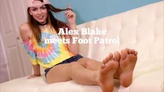 Alex Blake Spotyka Foot Patrol w Pedi Criminal