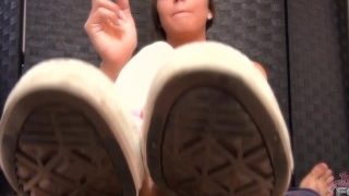 Sasha Foxxx Fumatrice Sega con i piedi